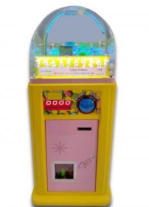 Verkaufsautomat für Kapseln mit Ohrstöpseln und Nasenklammern